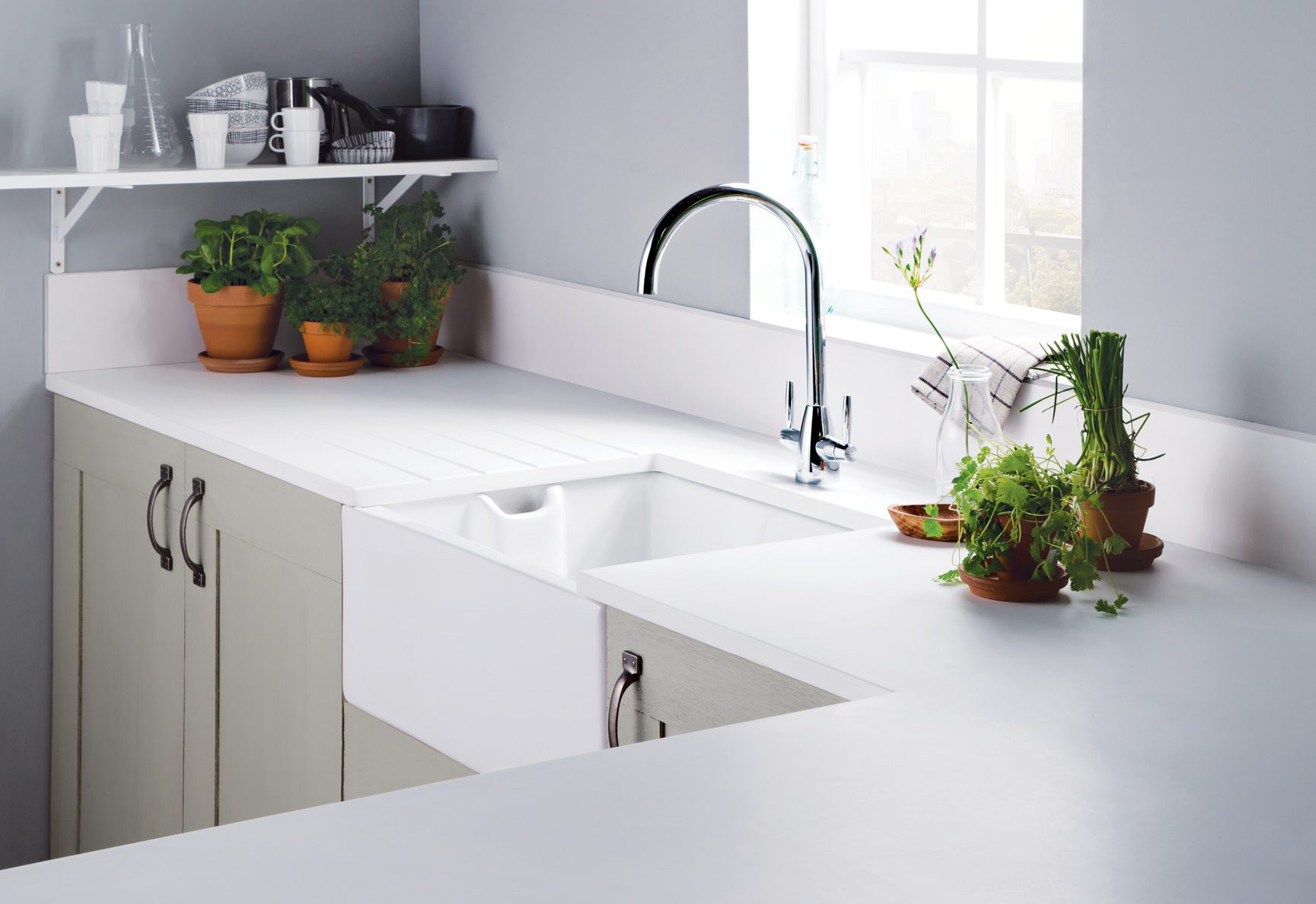 White Main Sink